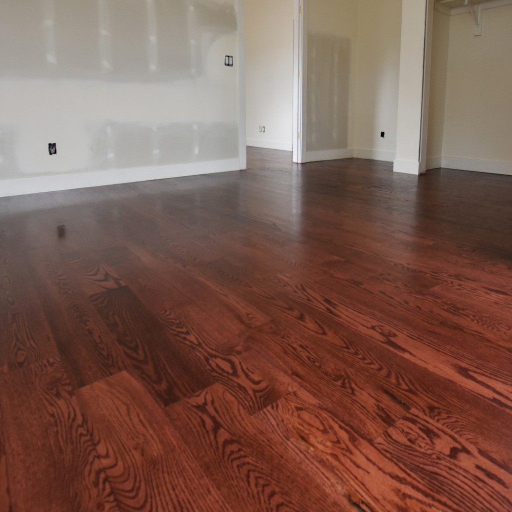 Red Mahogany Stain on Red Oak Plank